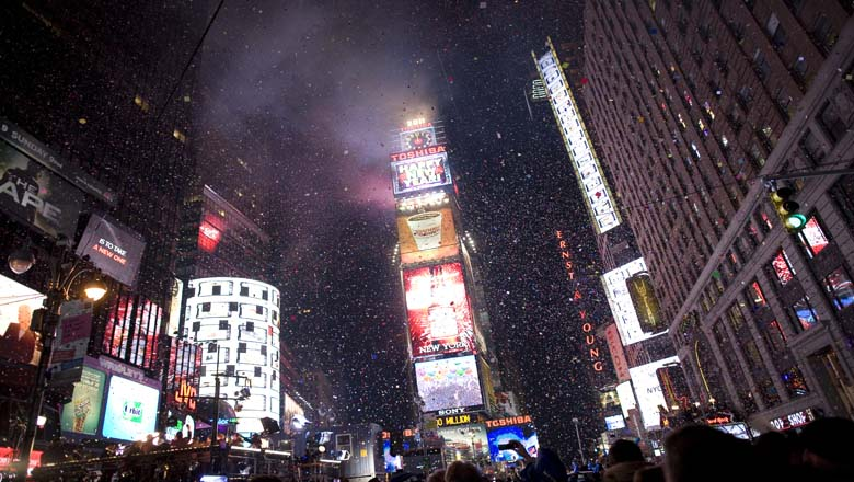 new years ball drop time, new years ball drop channel, livestream, info