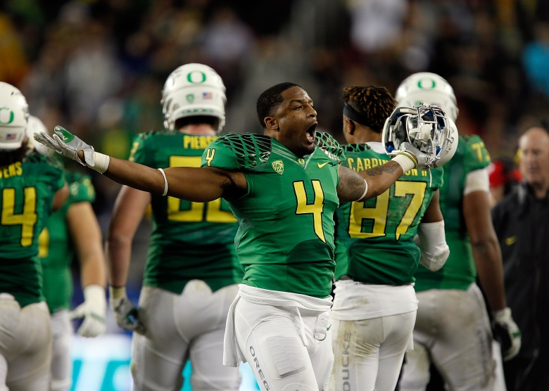 Erick Dargan is the leader of the Oregon defense. (Getty)
