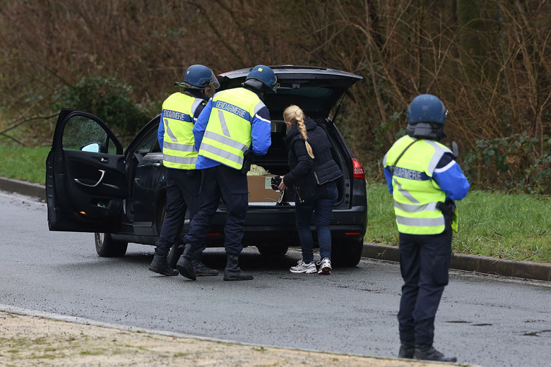 Manhunt For Charlie Hebdo Attackers Continues In Northern France