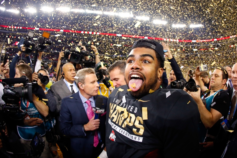Ohio State running back Ezekiel Elliott celebrates after the Buckeyes' 42-20 win over Oregon in the National Championship Game on Monday. (Getty)