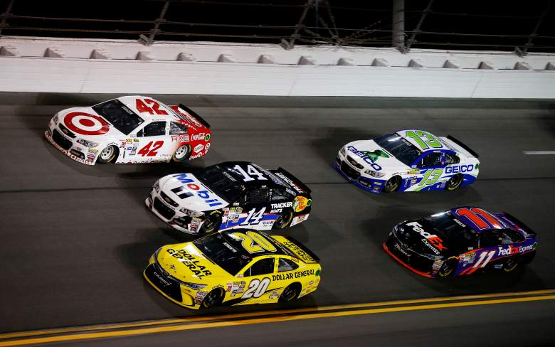 Sprint Unlimited winner Matt Kenseth (20) is considered a favorite in Budweiser Duel #1. (Getty)
