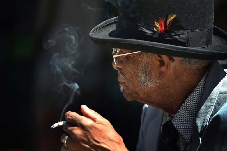 Robert Belfour Dead Smoker Smoking