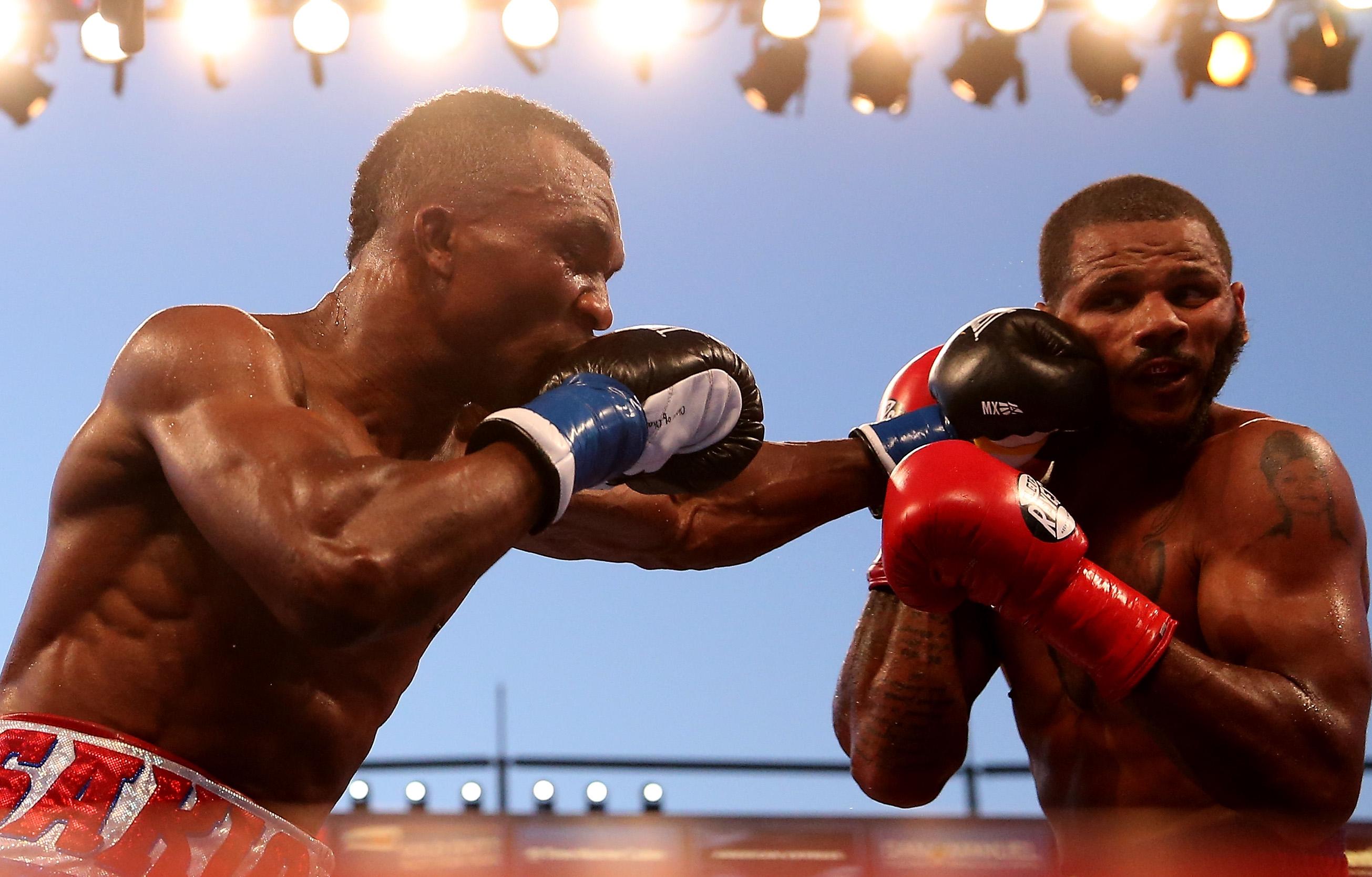 Sakio Bika lands a punch on Anthony Dirrell (Getty)