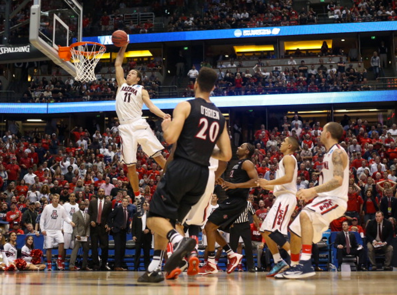 Aaron Gordon #11 of the Arizona Wildcats dunks the ball in the second half while taking on the San Diego State Aztecs during the regional semifinal of the 2014 NCAA Men's Basketball Tournament at the Honda Center on March 27, 2014 in Anaheim, California. (Getty)