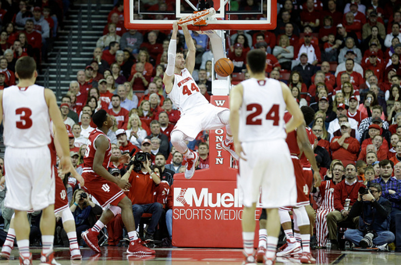 Frank Kaminsky #44 of the Wisconsin Badgers throws down a slam dunk during the game against the Indiana Hoosiers at Kohl Center on February 03, 2015 in Madison, Wisconsin. (Getty)