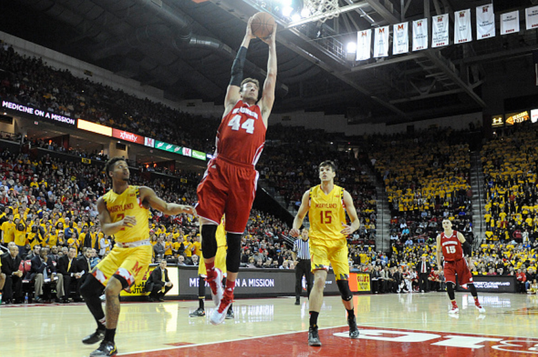 Frank Kaminsky #44 of the Wisconsin Badgers goes for a dunk during a college basketball game against the Maryland Terrapins at the XFinity Center on February 24, 2015 in College Park, Maryland. (Getty)