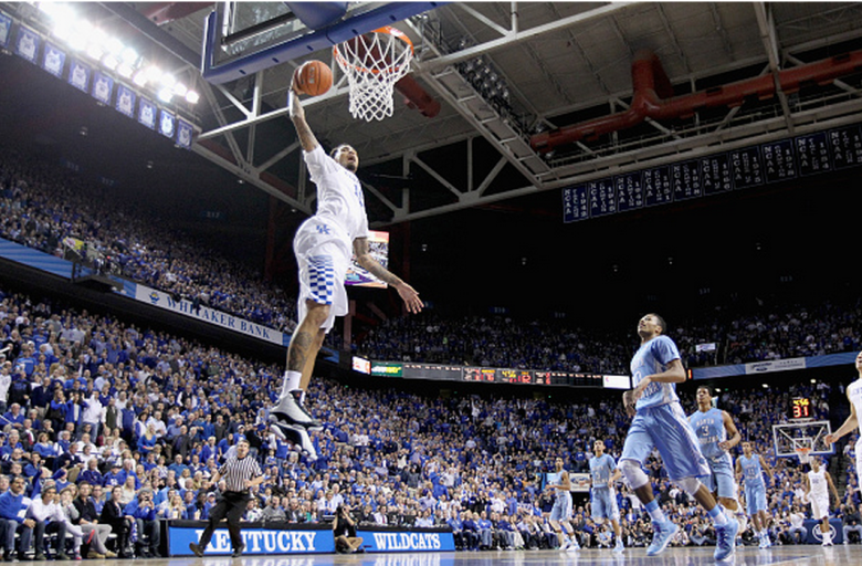 Willie Cauley-Stein #15 of the Kentucky Wildcats dunks the ball during the game against the North Carolina Tar Heels at Rupp Arena on December 10, 2014 in Lexington, Kentucky. (Getty)