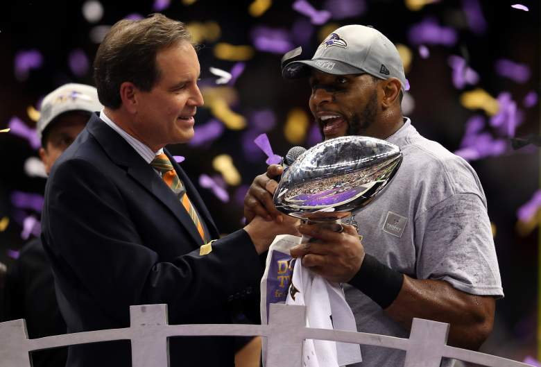 Jim Nantz interviews Baltimore Ravens linebacker Ray Lewis shortly after the Ravens defeated the San Francisco 49ers to win Super Bowl XLVII.