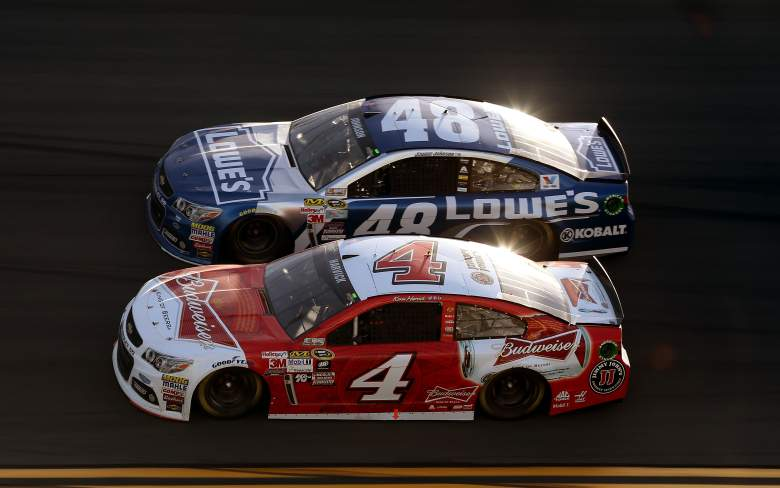 Kevin Harvick (4) and Jimmie Johnson are two of the favorites for Sunday's Kobalt 400 in Las Vegas. (Getty)