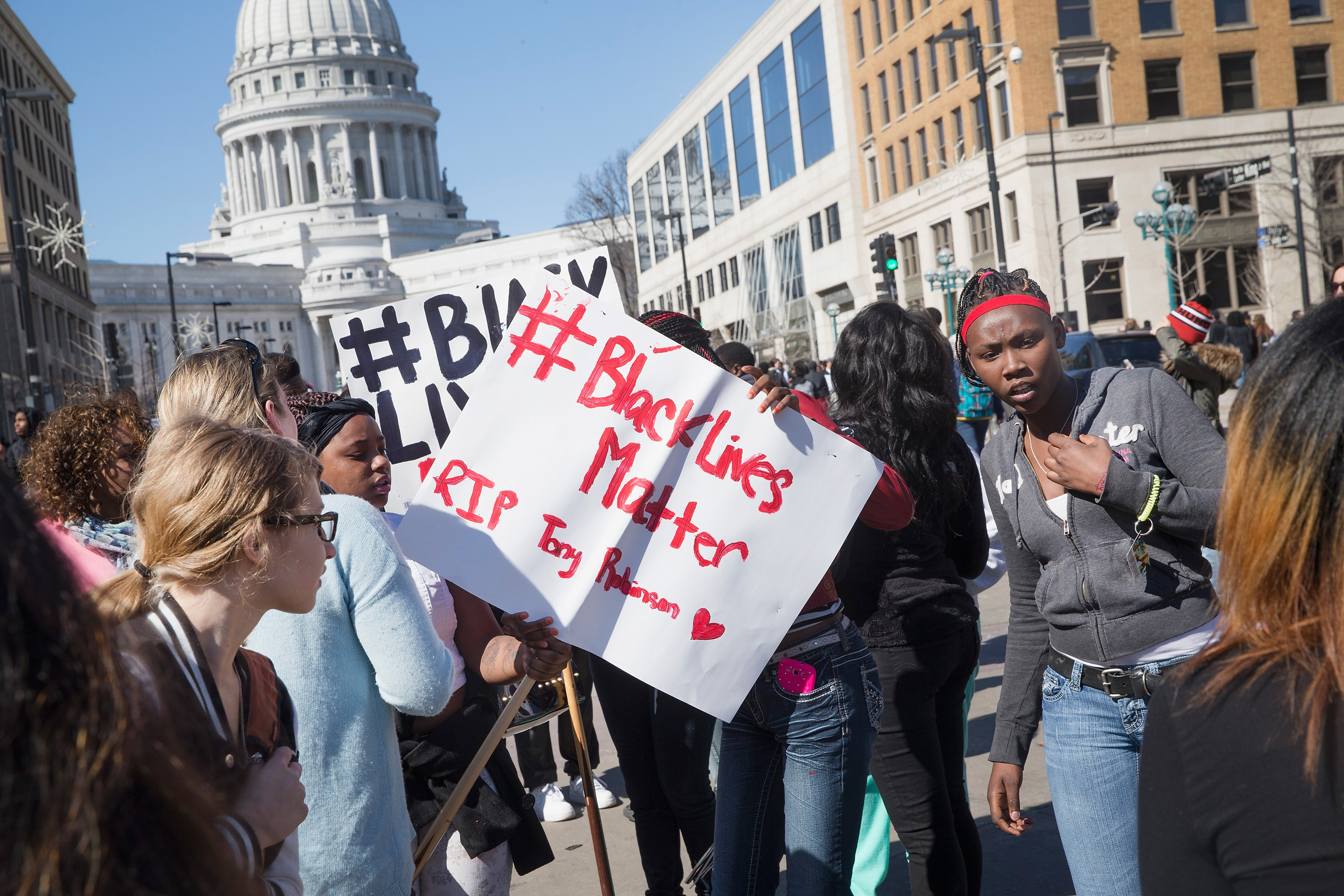 Protesters rally in Madison, Wisconsin after the death of Tony Robinson. (Getty)