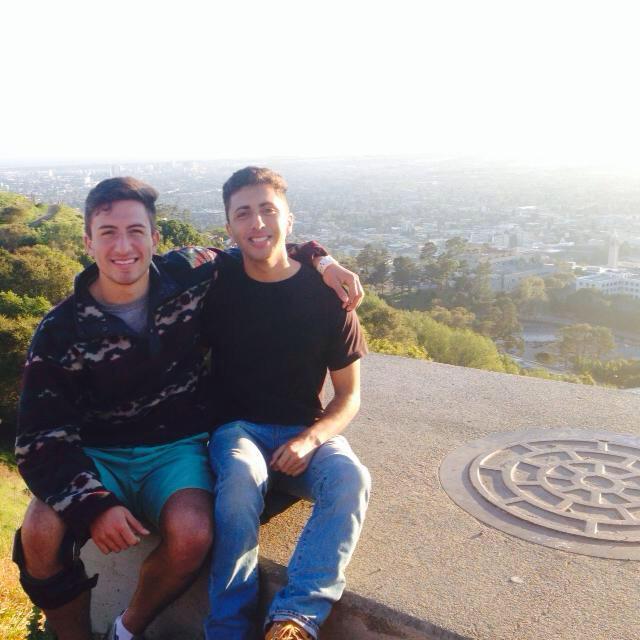 Eloi Vasquez, left, with his brother (Facebook)