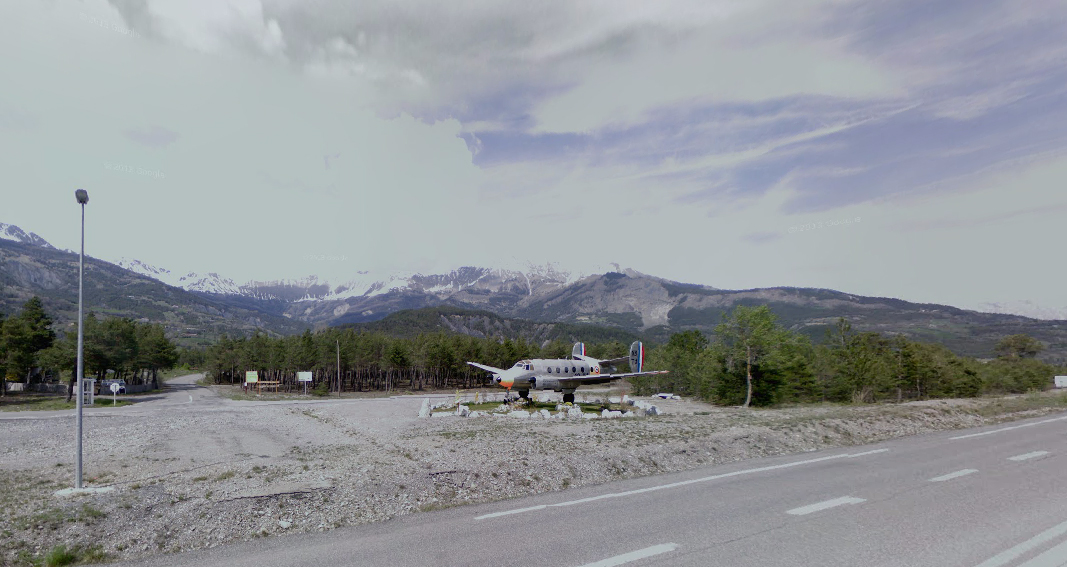 The entrance the small airport in Barcelonette. (Google Street View)