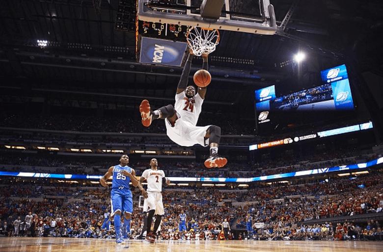 Louisville Montrezl Harrell (24) in action, dunk vs Kentucky at Lucas Oil Stadium. (Getty)