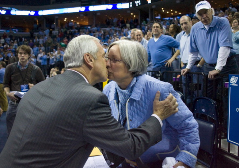 North Carolina coach Roy Williams kisses his wife Wanda after the Tar Heels' 72-60 victory over Oklahoma in the men's NCAA college basketball tournament final on Sunday, March 29, 2009, in Memphis, Tennessee. (Getty)