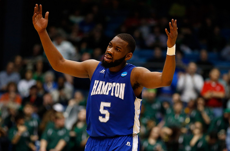 Emmanuel Okoroba #5 of the Hampton Pirates celebrates against the Manhattan Jaspers during the first round of the 2015 NCAA Men's Basketball Tournament at UD Arena on March 17, 2015 in Dayton, Ohio. (Getty)