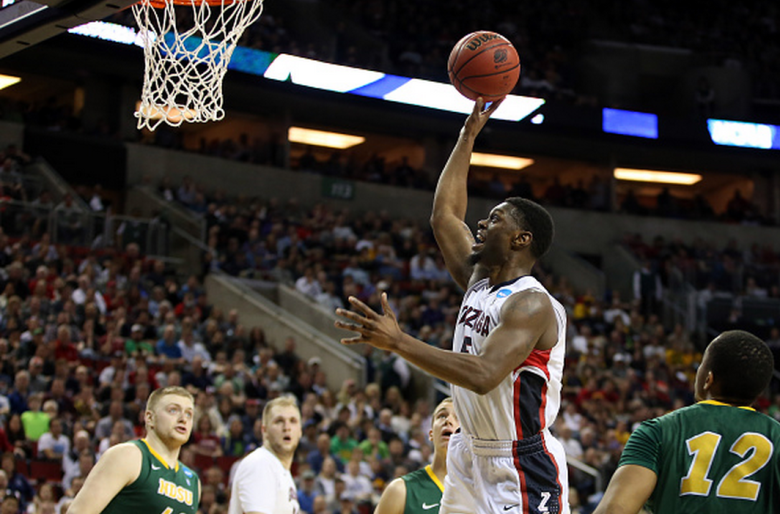 Gary Bell Jr. #5 of the Gonzaga Bulldogs shoots the ball against the North Dakota State Bison in the second half of the game during the second round of the 2015 NCAA Men's Basketball Tournament at KeyArena on March 20, 2015 in Seattle, Washington. (Getty)