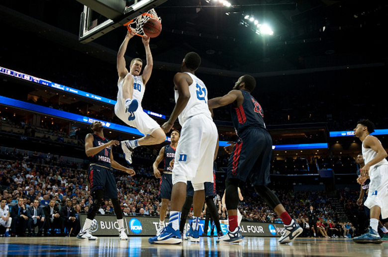 Duke's Marshall Plumlee dunks the ball against the Robert Morris Colonials during the second round of the 2015 NCAA Men's Basketball Tournament. (Getty)