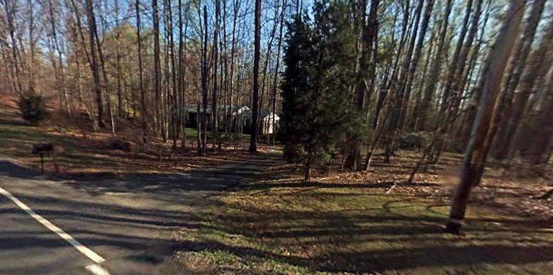 Yvonne Selke lived here in Nokesville, Virginia. (Google Street View)