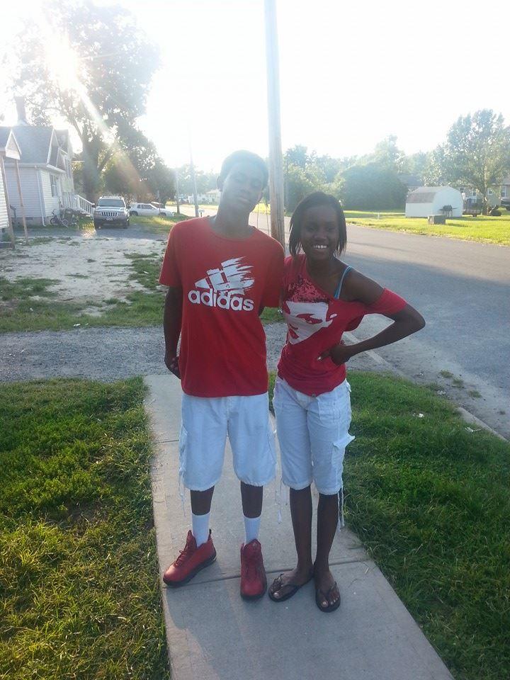 Oldest son Cameron, 16, with Tynijuiza, 15 (Facebook)