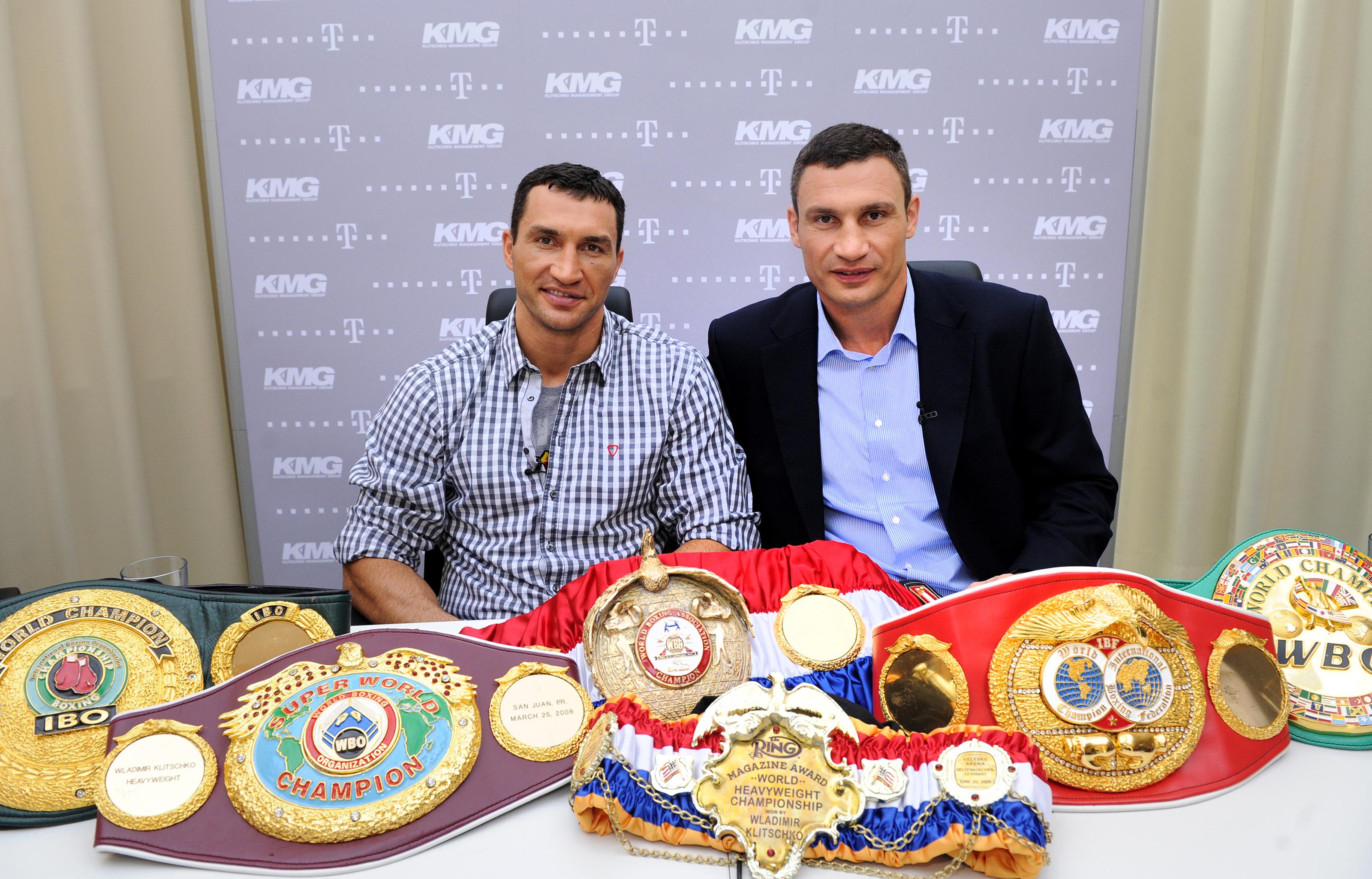 Vladimir Klitschko and Vitali Klitschko (Getty)