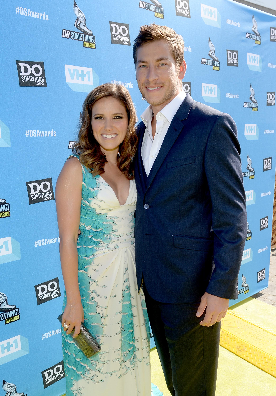 Dan Fredinburg with his then-girlfriend, actress Sophia Bush, in 2013. (Getty)