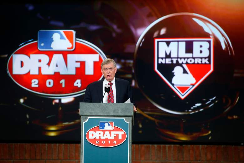 Former MLB Commissioner Bud Selig at the podium during last year's MLB Draft. (Getty)