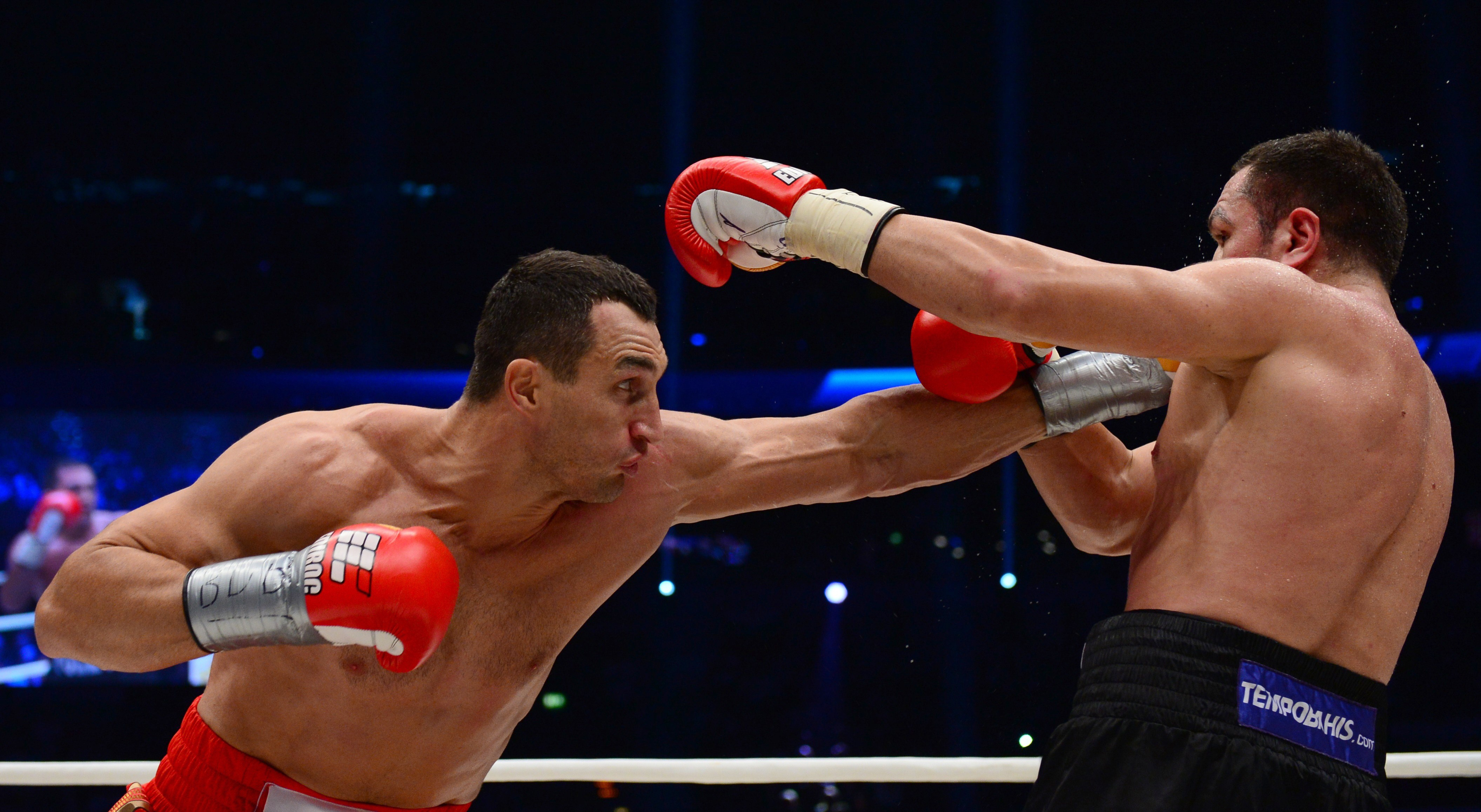 Bulgarian Kubrat Pulev eats a stiff jabs from Wladimir Klitschko (Getty)