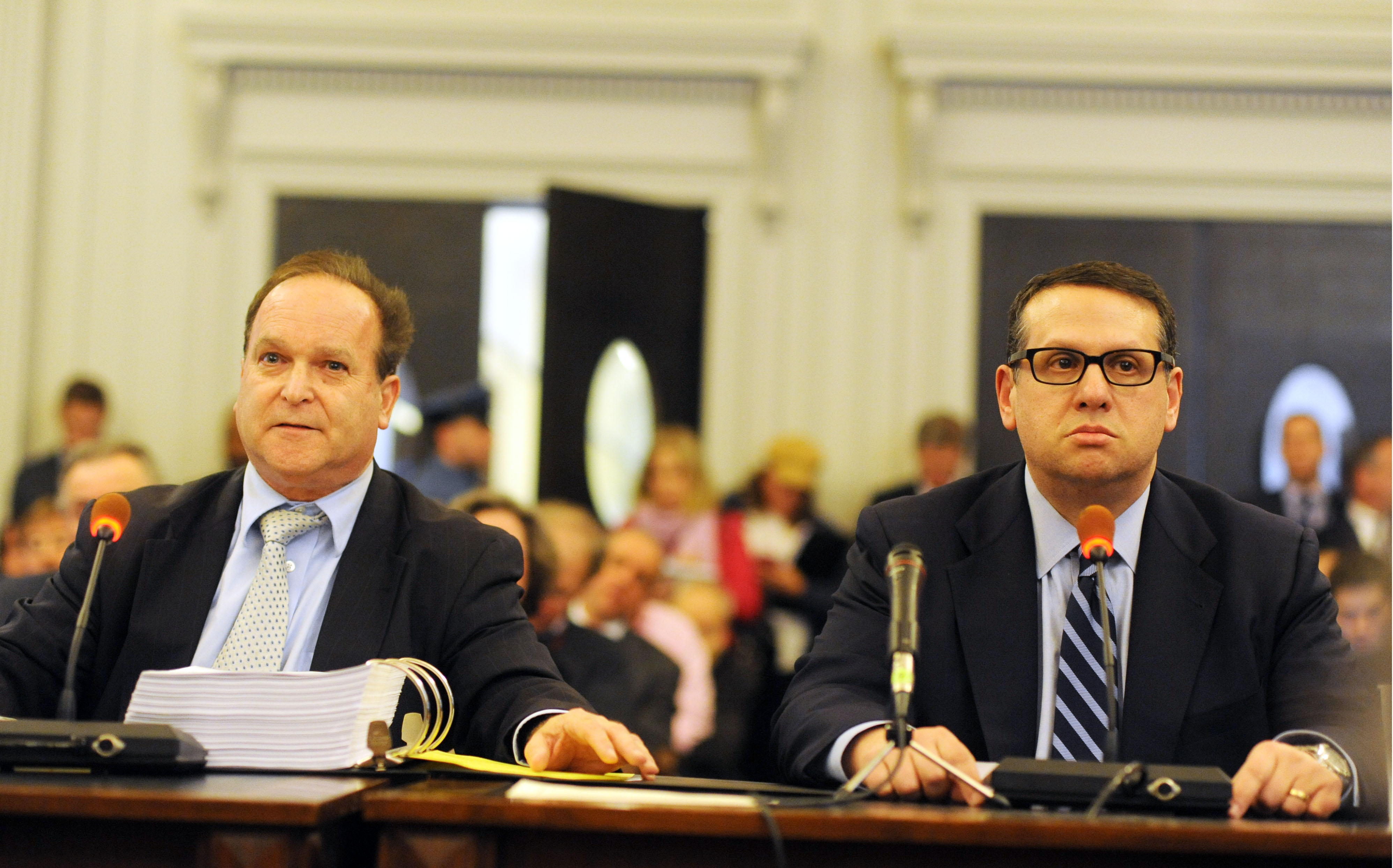 David Wildstein, right, with his attorney, Alan Zegas, while Wildstein was testifying before the New Jersey Assembly's Transportation Committee. (Getty)