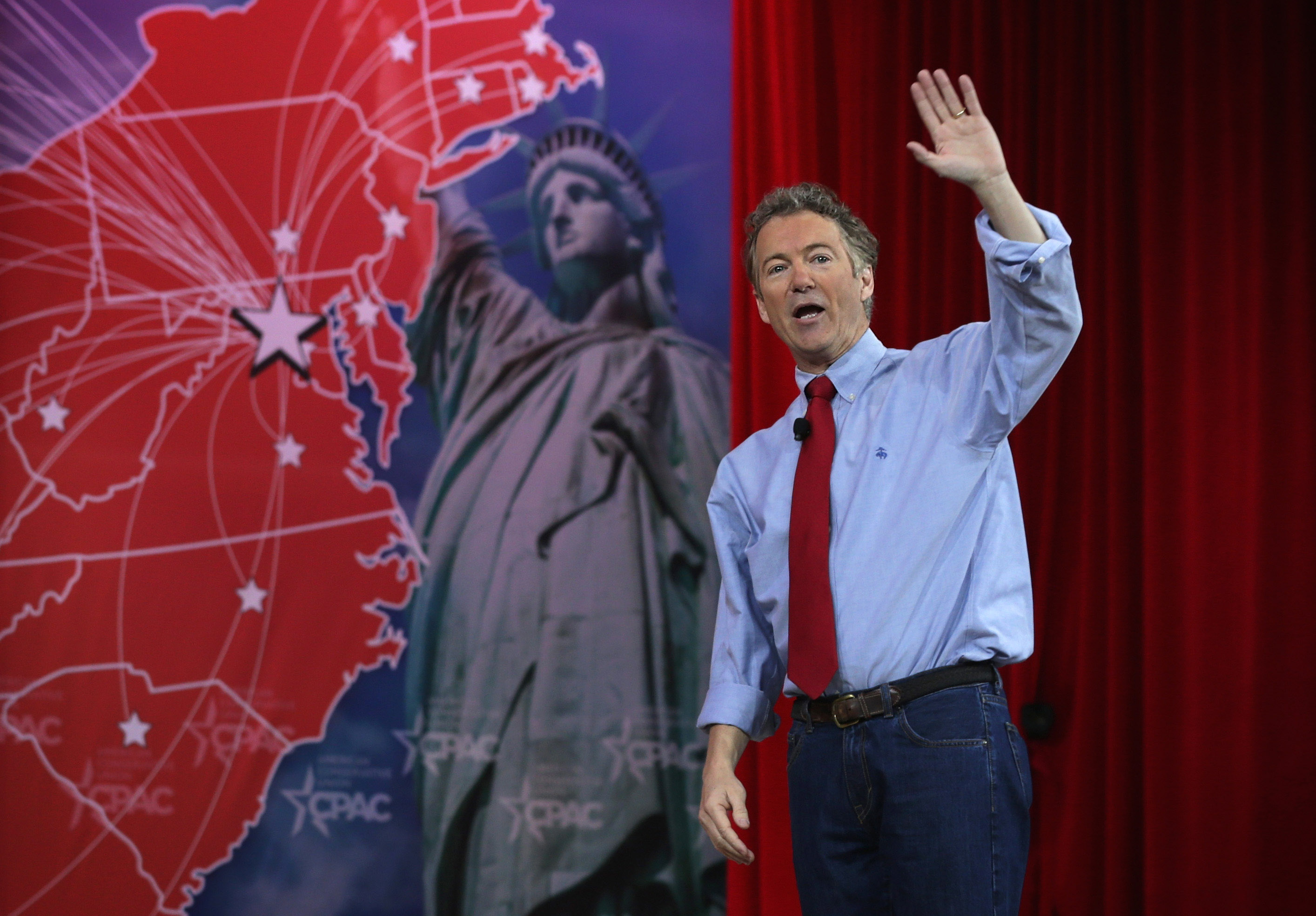U.S. Sen. Rand Paul (R-KY) waves to the crowd after he addressed the 42nd annual Conservative Political Action Conference (CPAC) February 27, 2015 in National Harbor, Maryland.