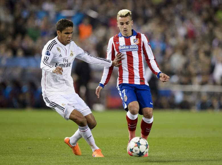 Atletico and Real Madrid battle it out at the Vicente Calderon Stadium on Tuesday. (Getty)