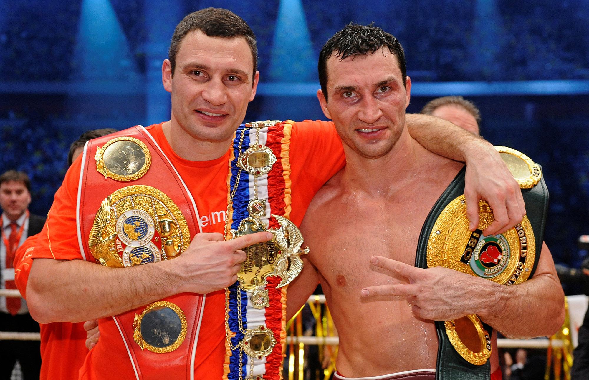 Wladimir Klitschko and Vitali Klitschko after defeating US Eddie Chambers in 2010 (Getty)