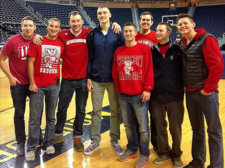 Wisconsin's Sam Dekker with friends and family. Dekker's older brother John is third from the left. (Instagram/samdek15)