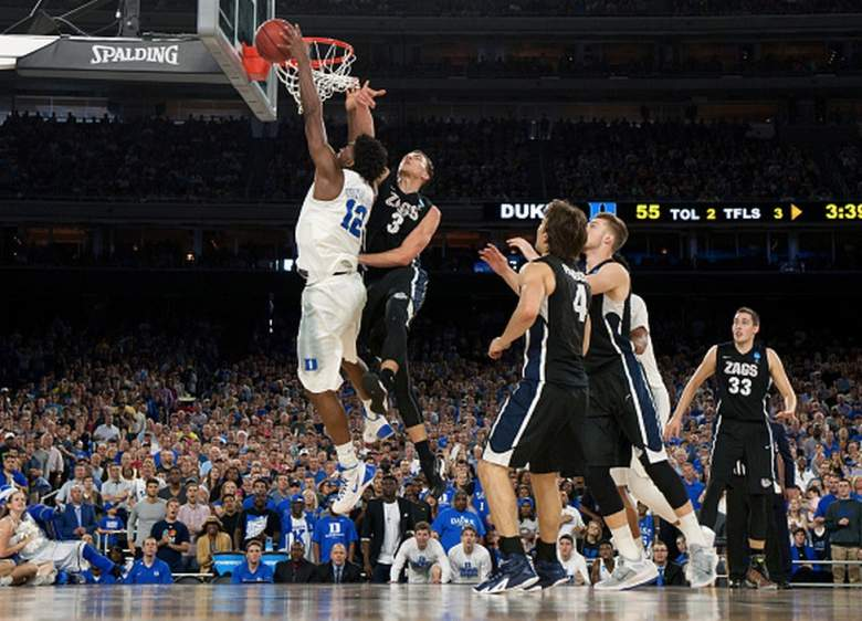 Duke's Justise Winslow goes to the basket against Gonzaga's Kyle Dranginis during the 2015 NCAA Men's Basketball Tournament. (Getty)