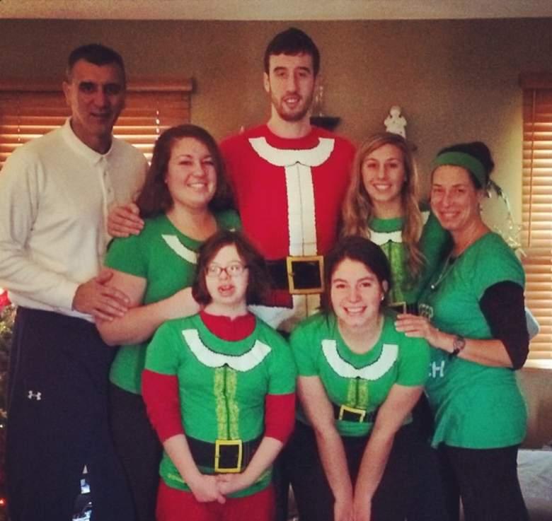 Wisconsin's Frank Kaminsky with family at Christmas. (Instagram/fskpart3)