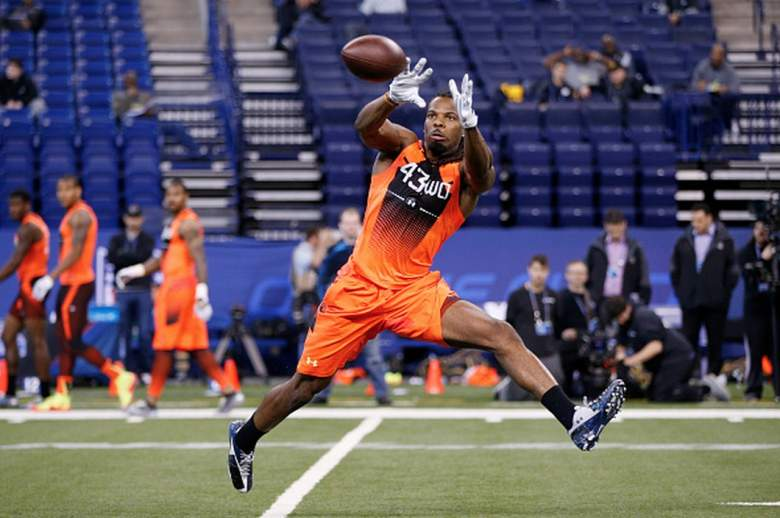 West Virginia wide receiver Kevin White catches a pass at the 2015 NFL combine. (Getty)