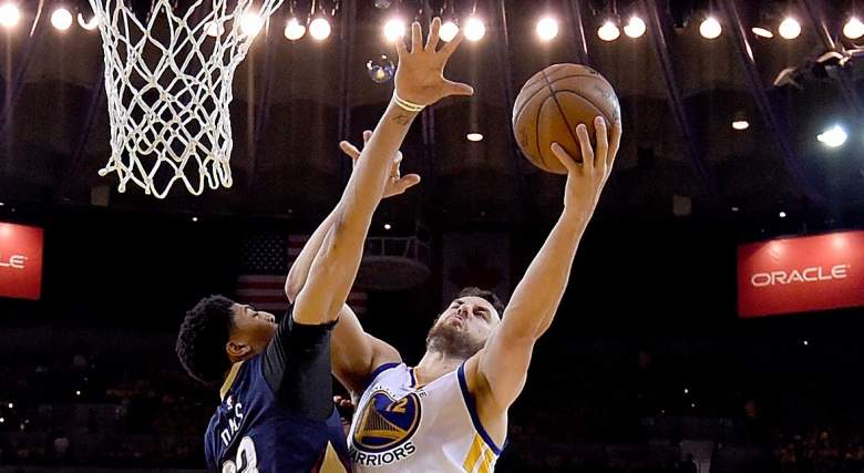 Andrew Bogut matched up with New Orleans Pelicans Anthony Davis on the inside in their 2015 first round series. (Getty)