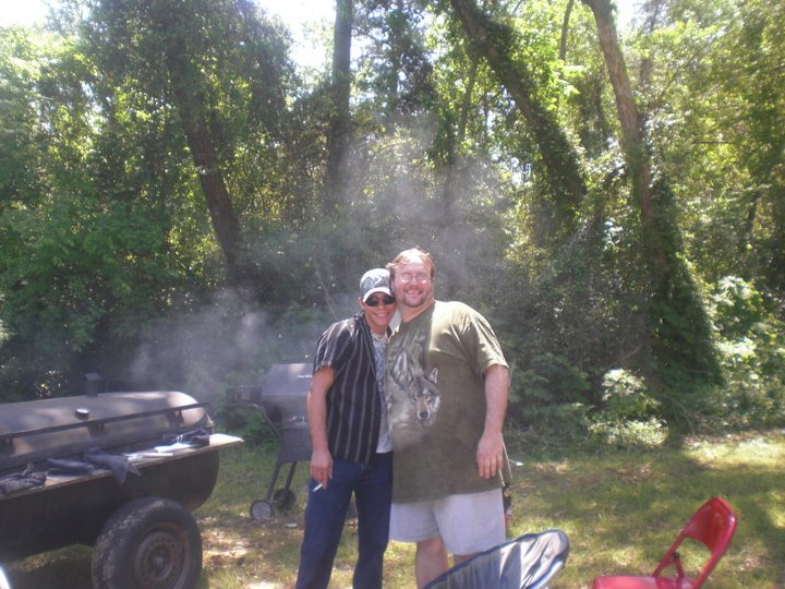 Ron Lane, right, with Chuck Tobin, his boyfriend who went missing more than a year before Lane's death. (Facebook)