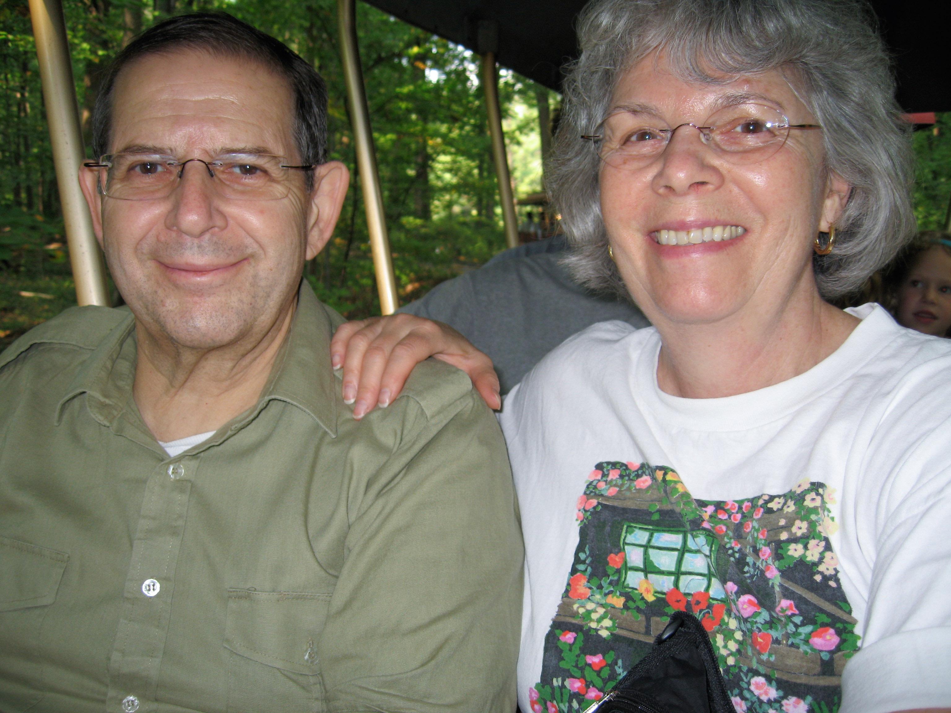 Warren Weinstein with his wife, Elaine, in an undated family photo. Weinstein, an Al-Qaeda hostage, was killed in an American drone strike. (bringwarrenhome.com)