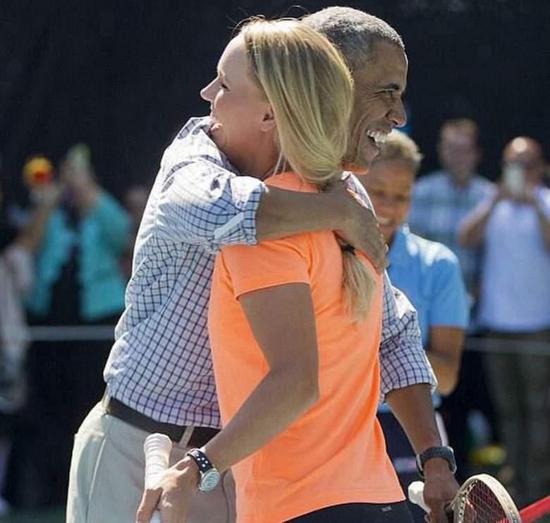 Tennis star Caroline Wozniacki hugging President Barack Obama at the White House Easter Egg Roll. (Instagram/carowozniacki)