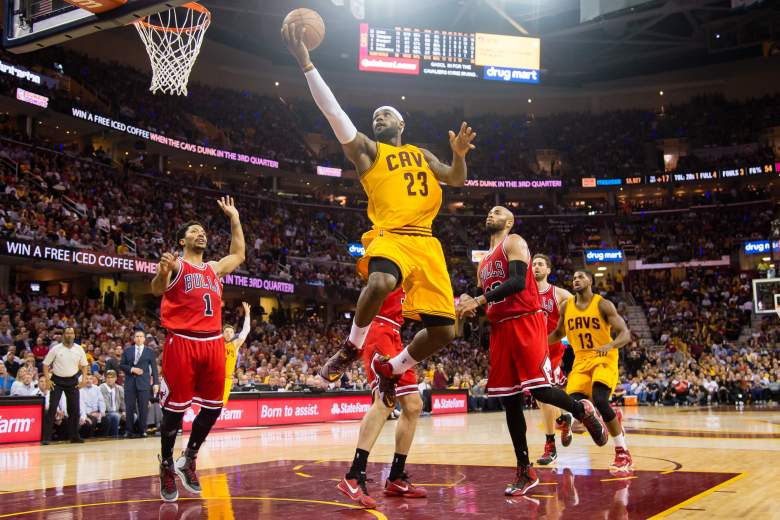 LeBron James scored 33 points in the Cavaliers' win over the Bulls Wednesday. (Getty)