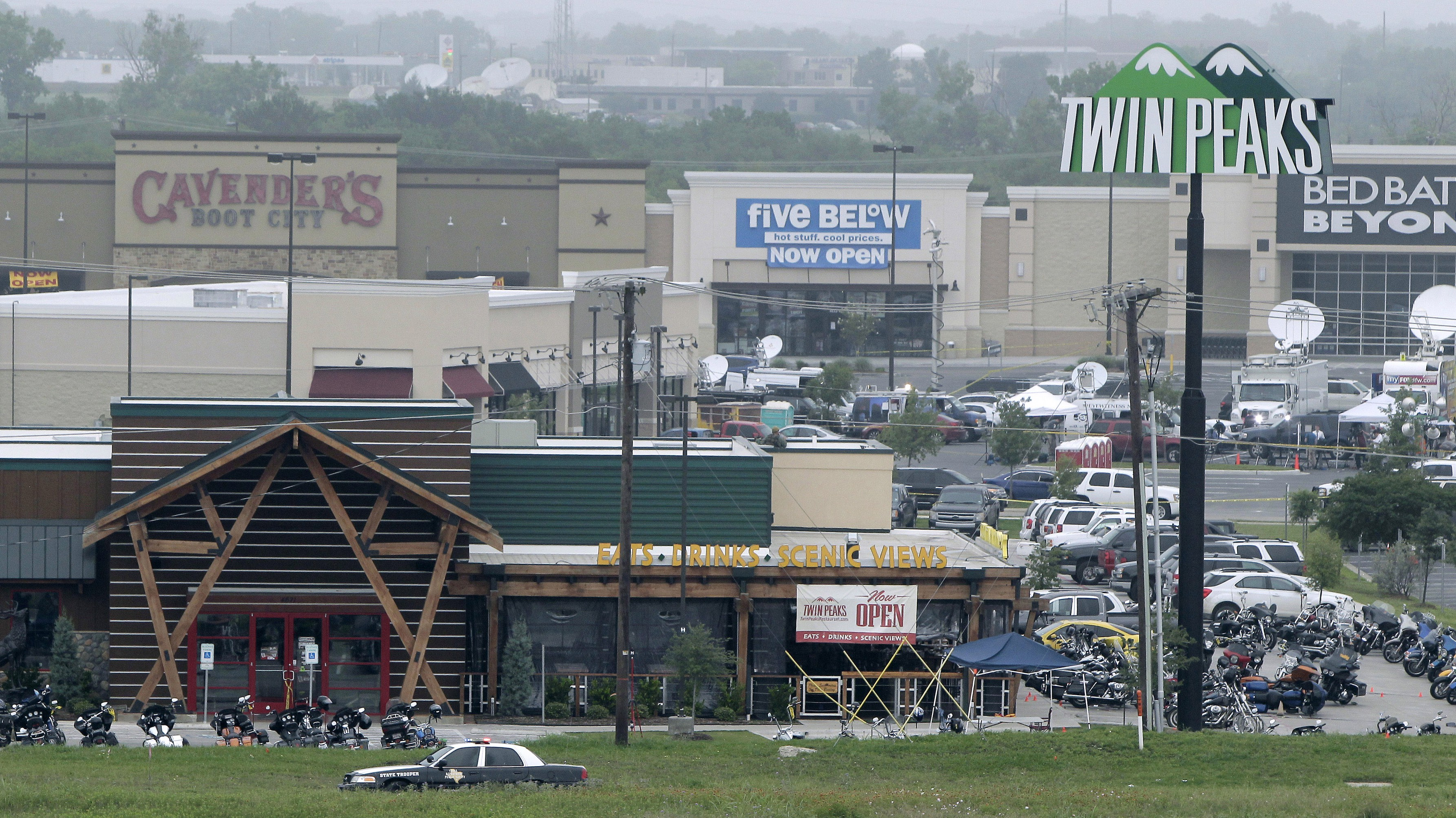 The scene of a shootout in Waco, Texas at the Twin Peaks restaurant that left 9 dead and 18 wounded. (Getty)