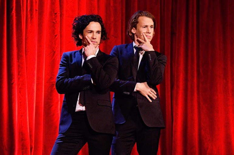 ylvis, the fox (what does the fox say?)
