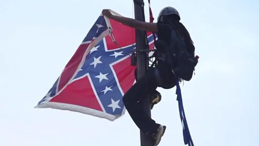 Bree Newsome, Confederate flag taken down