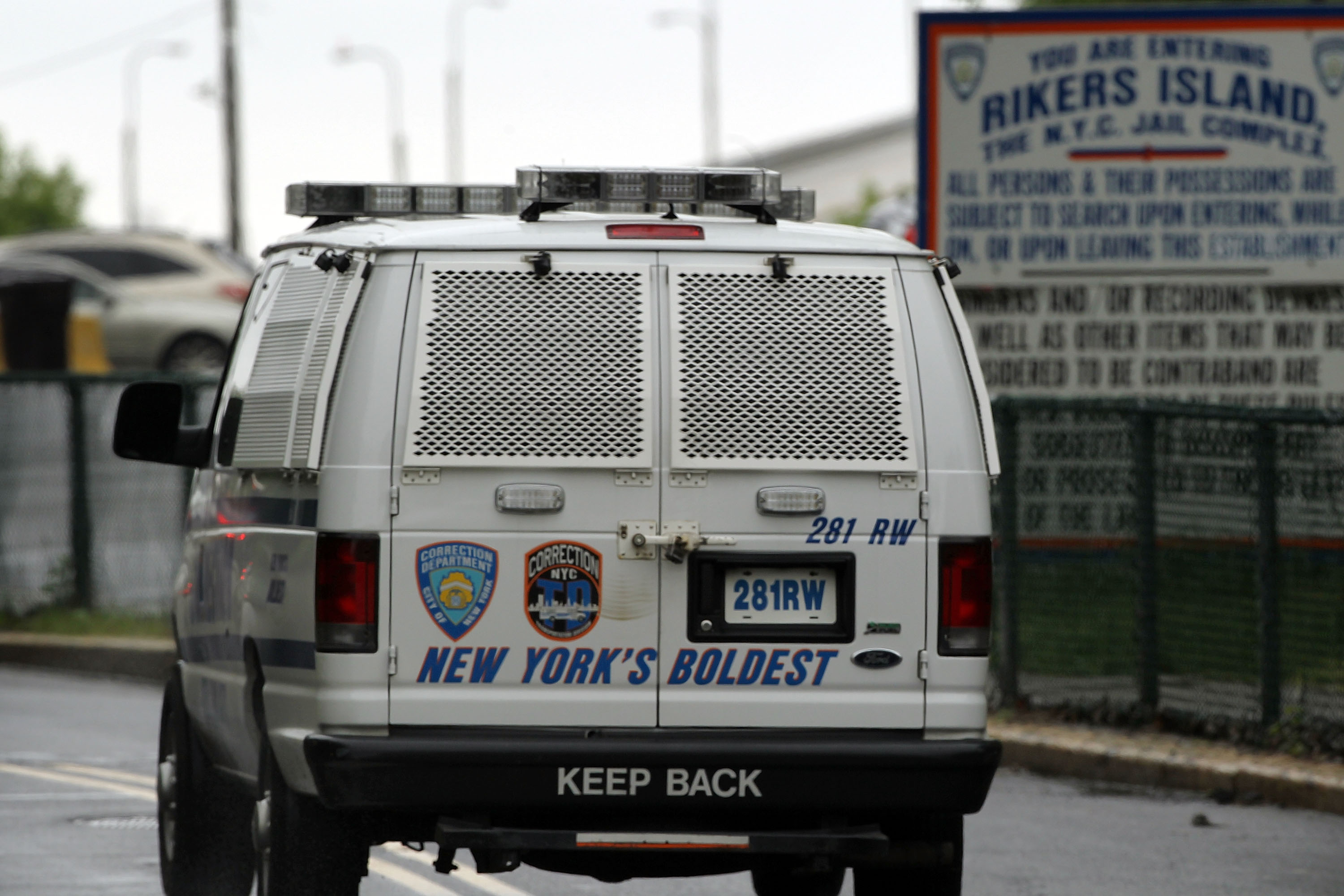 A transport van arrives at the Rikers Island jail in New York City. (Getty)