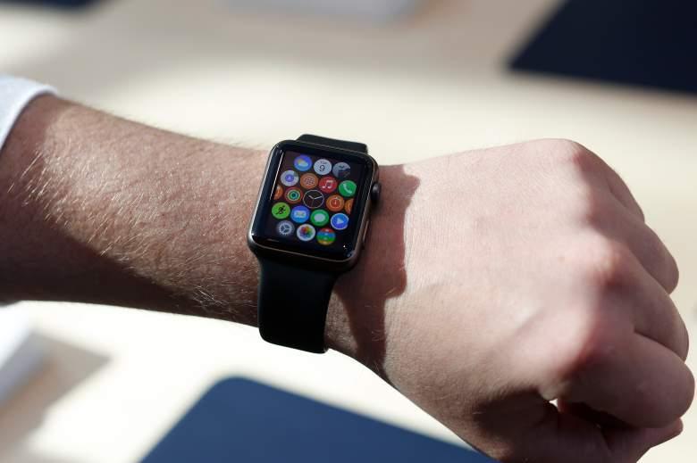 apple watch review, apple watch price, best wearable tech, best smartwatch