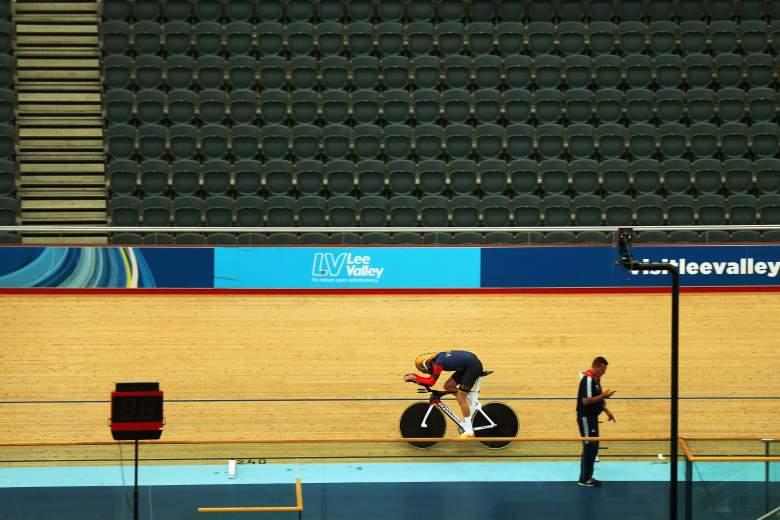 bradley wiggins lee valley velodrome hour record