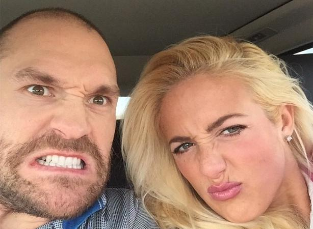 Tyson Fury Wife Paris Fury, Tyson Fury Wife, Paris Fury, Tyson Fury family, tyson fury travelling irish, Tyson Fury kids, Tyson Fury arson, Tyson Fury miscarriage,
