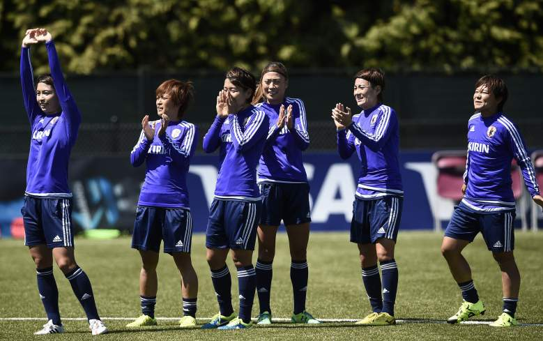 Japan's players joke during a training session in Vancouver, British Columbia on July 4, 2015, on the eve of the 2015 FIFA Women's World Cup final against the US.   AFP PHOTO/FANCK FIFE        (Photo credit should read FRANCK FIFE/AFP/Getty Images)