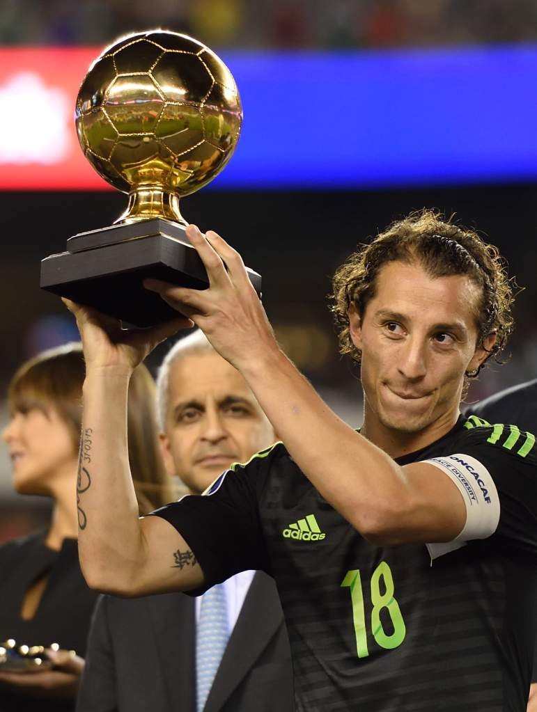 Mexico's Andres Guardado receives the golden ball award following the 2015 CONCACAF Gold Cup final. (Getty)
