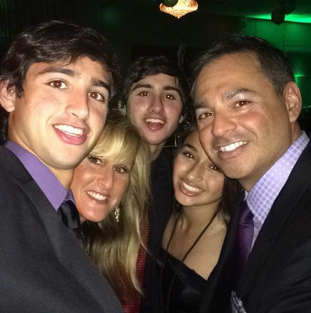 Jazz Jennings Family I Am Jazz 5 Fast Facts You Need To Know Heavy Com